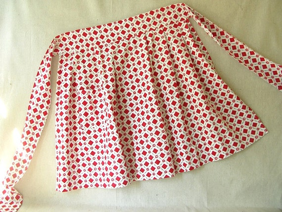 Vintage Print Cotton Apron Red