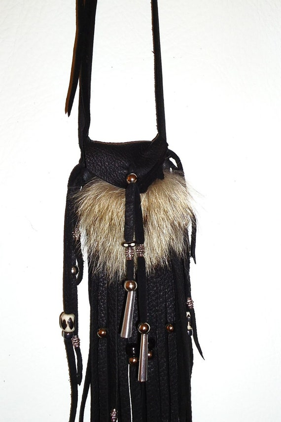 Coyote fur and leather neck pouch medicine bag rendezvous totem
