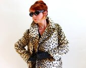 Sale - Vintage 1960s Brown Black Leopard Coat. Faux Fur. Animal Print Jacket. Mad Men Fashion. Cocktail Fashion. Glam. Fall Fashion. Large