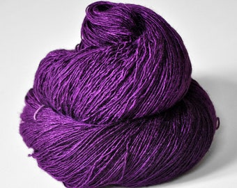 Poisoned by love - Tussah Silk Fingering Yarn