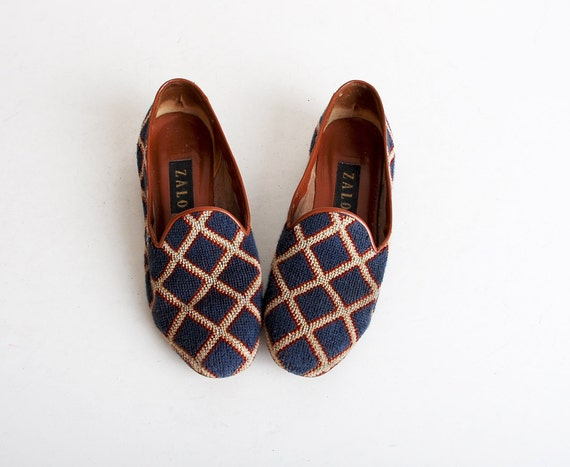 Size 9 Vintage 90s Needlepoint & Leather Loafers 40