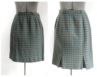 Vintage Houndstooth Wool Skirt / 1950s 1960s Mid Century Fashion