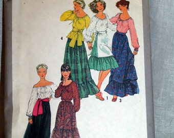 1970s Simplicity pattern blouse, skirt, apron and sash