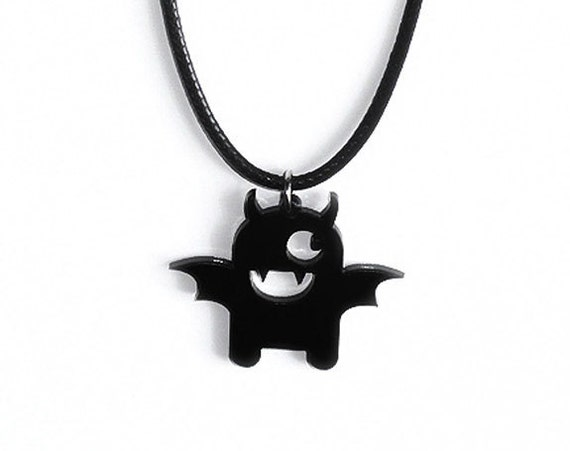 Bat necklace / Halloween Jewelry