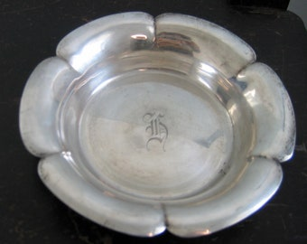 Sterling Silver Dish by Richard Dimes of Boston, Massachusetts. Vintage.  H Monogram. Lovely heirloom for gift giving.