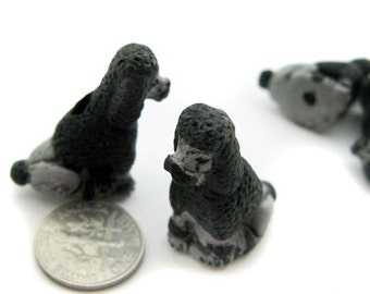4 Ceramic Beads - Large Sitting Black Poodle - LG282