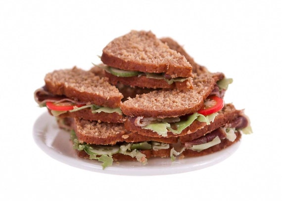 wholemeal beef  salad  sandwiches miniature food