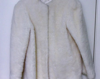 Vintage MARSHALL FIELDS 80s Ivory Faux Fur Jacket