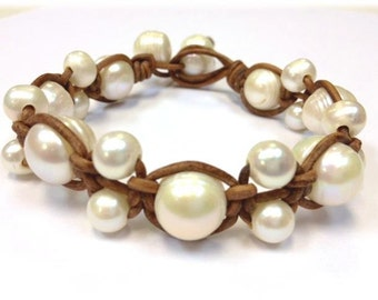 Freshwater Pearl and Leather Bracelet - Orbit