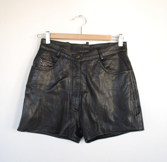 SALE 90s High Waist Soft Black Leather Shorts M