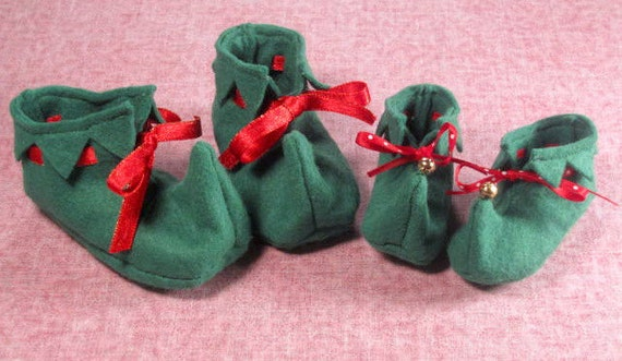 SALE-PDF ePattern --Elf  Booties for Babies and Dolls, Baby Booties, Christmas booties, Christmas Photo Prop