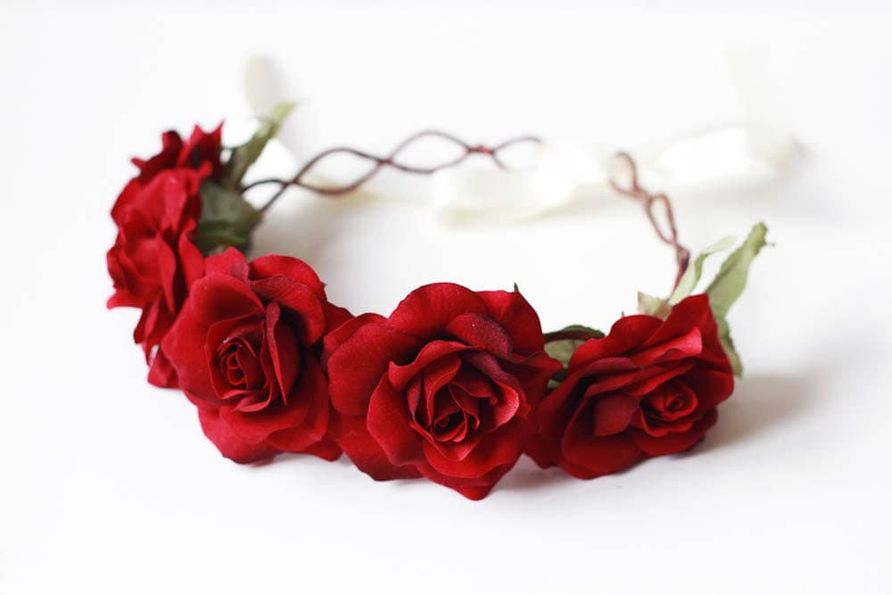 reserved red rose crown // valentines romantic wedding, Beautiful flower