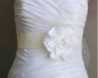 Ivory Bridal Sash Belt, Ivory Lace and Satin Flower Sash, Bridal Accessories, Sadie
