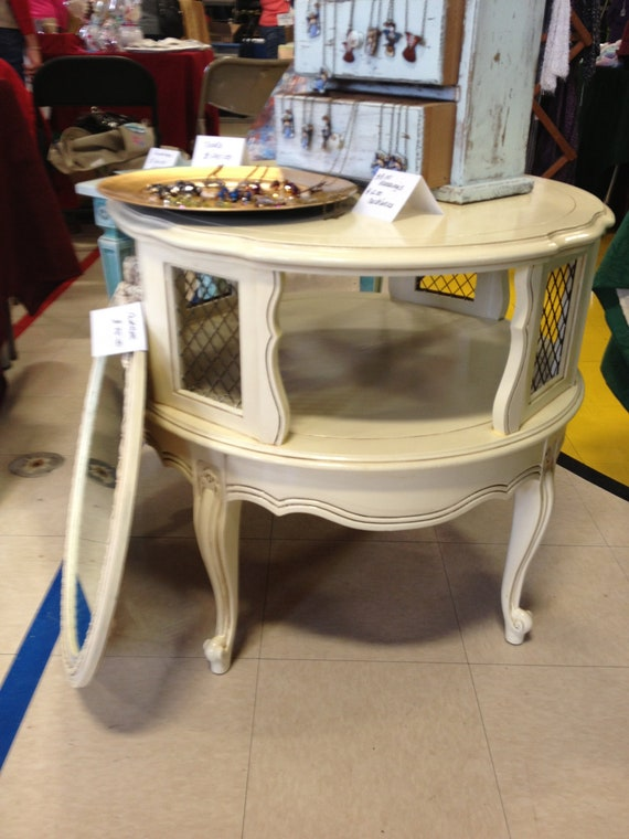 Unique Antiqued Round French Provincial End Table / Nightstand and Boutique Table Display