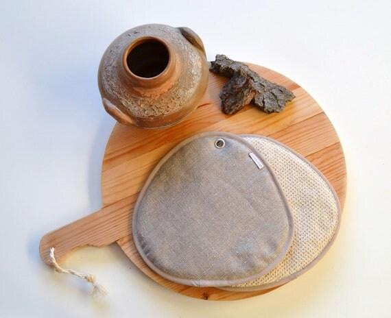 neutral linen pair of potholders - modern home - french kitchen - neutral kitchen