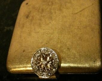 Vintage Avon Gold Tone Metal Powder Compact