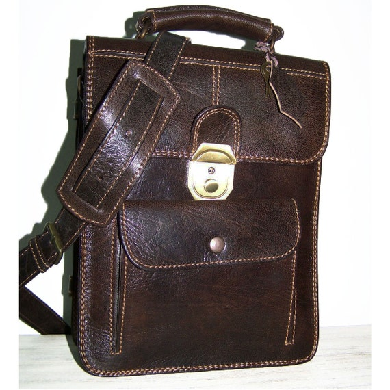 Leather Messenger / Cross-Body Bag / Purse / Elie Bis size S in dark brown