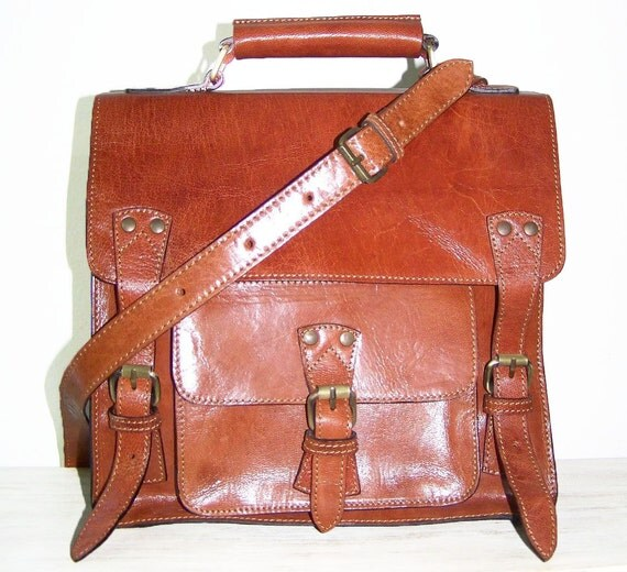 Ipad Leather Messenger Bag --- Cross body, Purse Neder size S in tan/ SALE