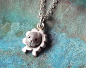 Cute baby lion necklace in sterling silver - zodiac necklace leo