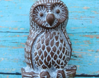 Set of 2 Vintage Style Cream and Brown Owl Knobs Pulls for your Dressers Drawers or Cabinets B-8