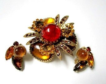Vintage Jewelry Set Red Gold Rhinestone Brooch Earrings