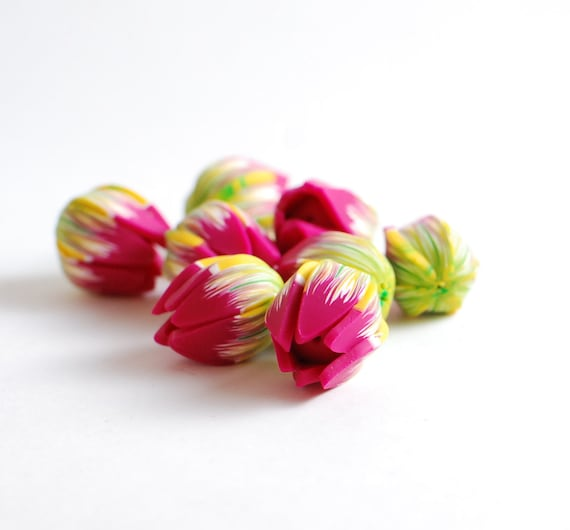 Handmade polymer clay beads - fuchsia pink, yellow and green flower buds tulips - 8 pcs - Ready to ship