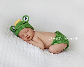Download PDF crochet pattern - Frog hat and diaper cover - Photography Prop