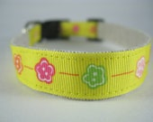 Golden Yellow Flowers hemp dog collar - 3/4in