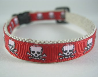 "Pirate Skulls and Bones organic cotton 1/2"" collar"