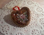 Hand Painted Wax Tart Rosemaling Heart Cottage Roses Flowers Scented Ornament Candle Shabby Dried Flowers Potpourri Tole