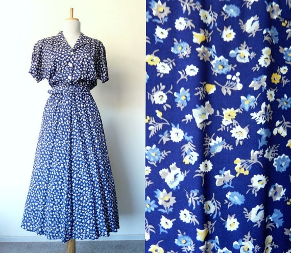 Vintage 80s blue floral dress ditsy print (small)