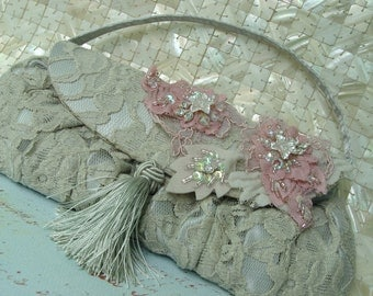 Pink/Cream Lace Applique n.2