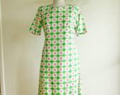 Vintage 1960s Mod Floral Sheath Dress Size Medium