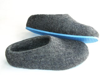 Unavailable listing on etsy for Minimalist house slippers