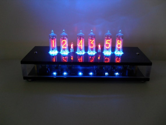 "Six Digit Nixie Tube Clock The ""Caso Chiaro"""