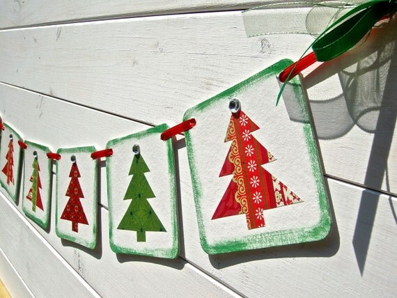 Christmas Tree Banner, Christmas Tree Garland, Red and Green, Christmas Decoration, Holiday Decor, Mantle Decoration, Christmas Photo Prop