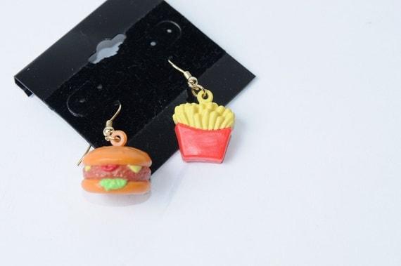 Vintage 80s/90s Rad Dangle Hamburger and Fries Earrings