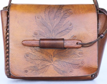 Beautiful hand made hand etched/tooled leather boho hippie shoulder bag. Very well made