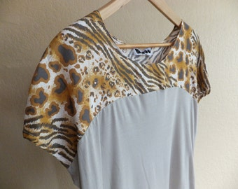 M / leopard grey top