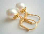 Gold Pearl Earrings Gold Lever Back Earwires Flower Beadcaps With White Round Swarovski Crystal Pearls
