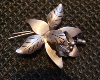 TAXCO Sterling Silver Hecden Mexico 925 3D Flower Brooch Open Pedals and Stamen Signed Vintage Brooch