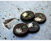 10 Handmade wooden round buttons with leaves and acorns by Redstreake    free shipping