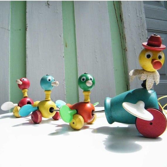 Vintage Toy Wood Pull Toy Mama Duck and Ducklings by Fisher Price