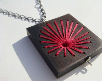 Red Explosion Embroidered Wood Necklace
