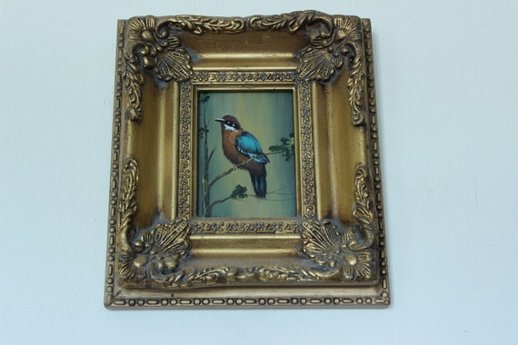 Tiny handpainted bird in a fabulous frame