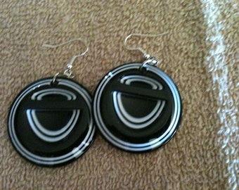 Black and White Acrylic Round Dangle Earrings