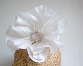 Extra Large Poppy - White
