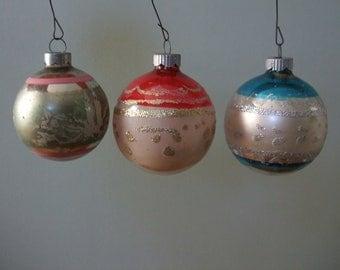Vintage Mercury Glass Ball Ornaments Glitter Embellishment