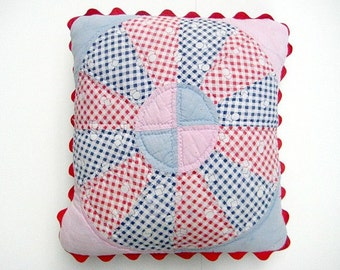 Retro Pillow Cover, 14 Inches, Vintage 1930s Quilt, Dresdan Plate Design Pink, Blues, Red, White, Jumbo Rick Rack Edging, Shabby Chic,