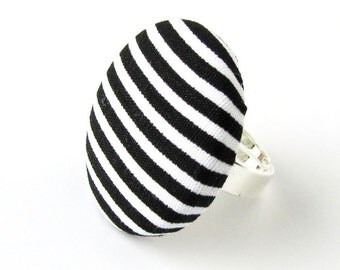 Large striped ring - black white stripes - big button ring - fabric covered ring yin yang